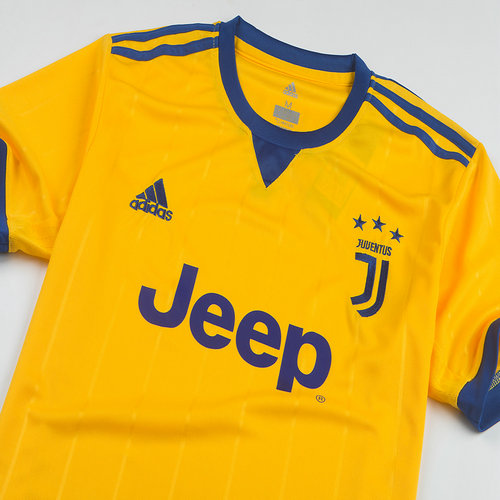 Tenue de foot maillot ensemble juventus 2017 2018 ext rieur for Maillot juventus exterieur 2017